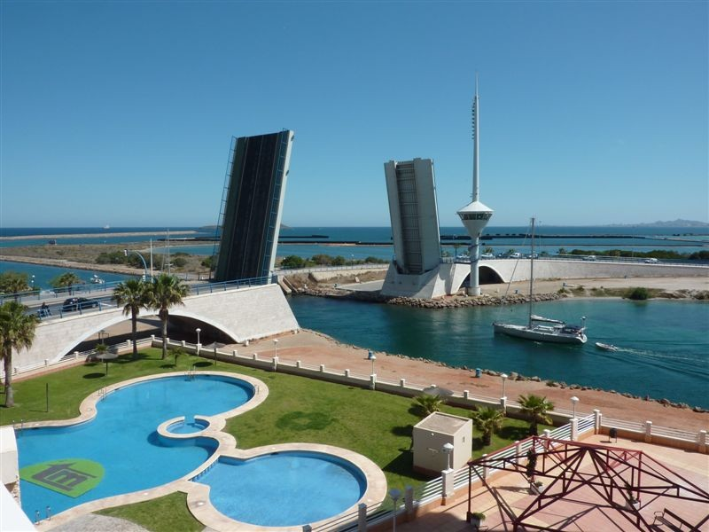 This beautifully kept 3 bedroom 2 bathroom 4th floor apartment has prime location for watching the , Spain
