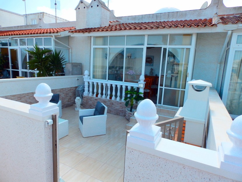 This fantastic 2 bedroom, 1 1/2 bathroom bungalow is located in the Blue Lagoon development between, Spain