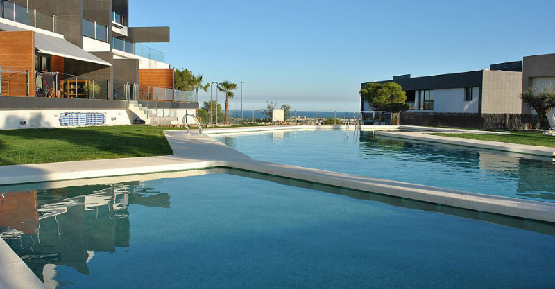 Key-ready two bedroom, two bathroom new-build apartment, located in Pau 1, Villamartin. The,Spain
